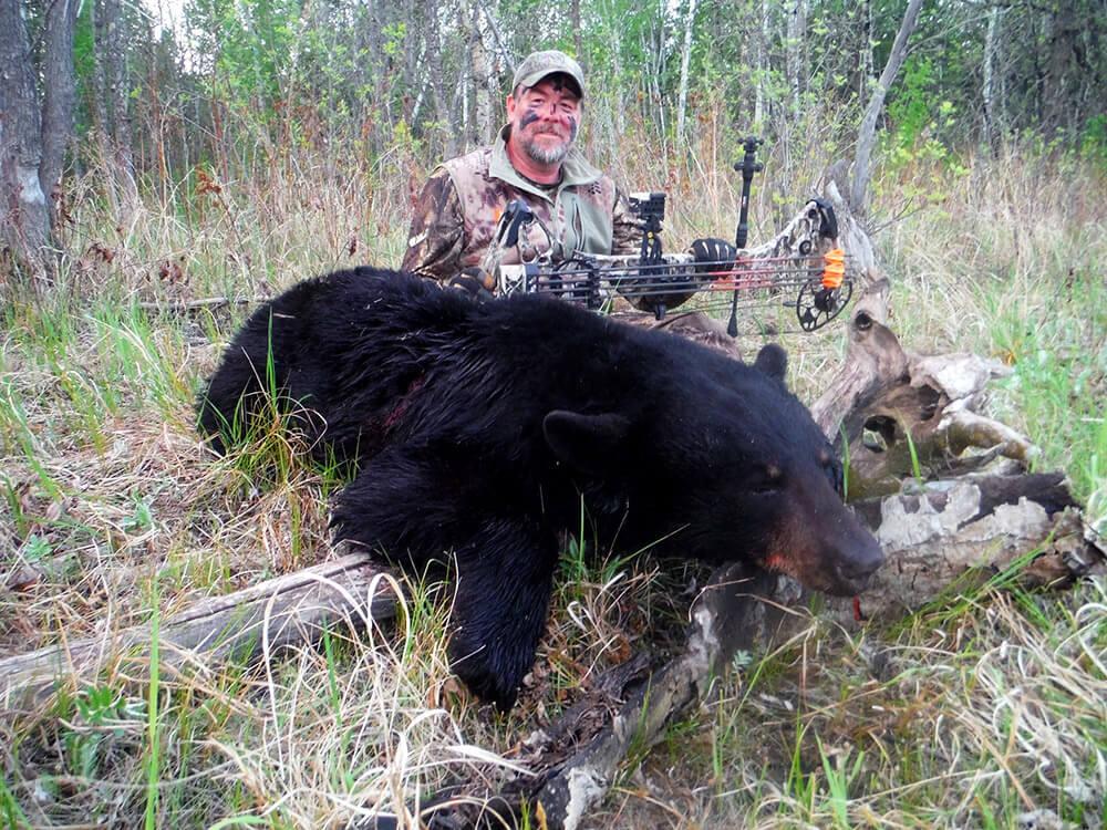 Eagle Nest Lodge - Manitoba Bear Hunts - Manitoba, Canada
